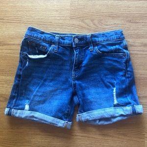 Gap Denim distressed 5' shorts size 24